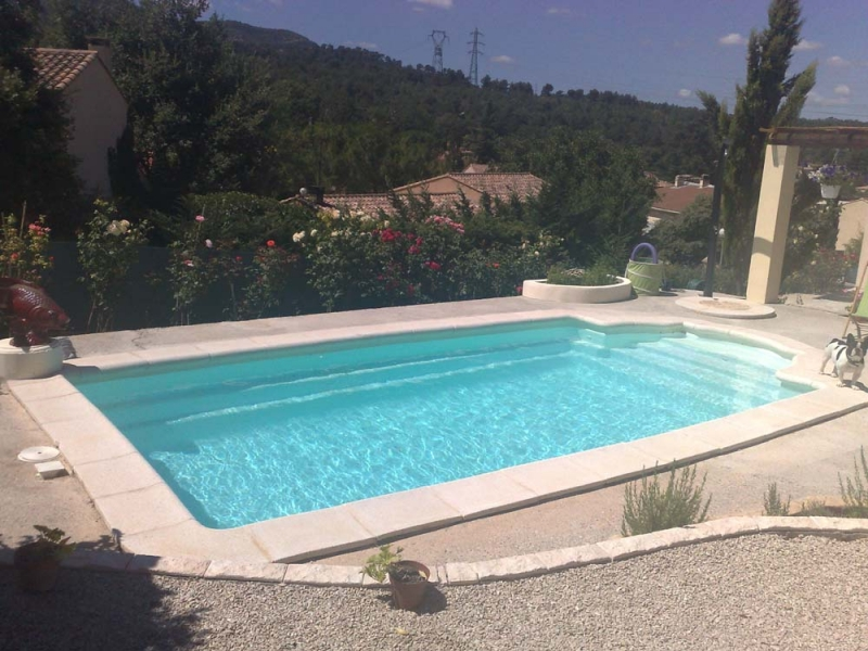 Piscines coque mdp new roman piscines mon de pra for Dimension piscine coque