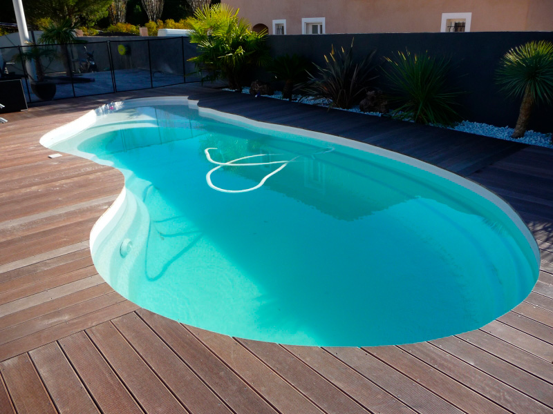 piscines avec plage d couvrez les piscines de mon de pra. Black Bedroom Furniture Sets. Home Design Ideas