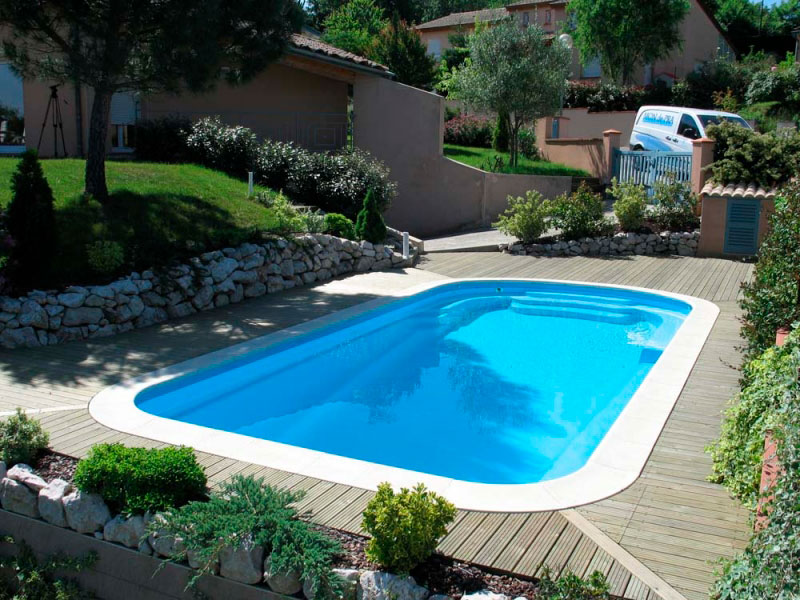 Piscines coque mdp relax piscines mon de pra for Dimension piscine coque